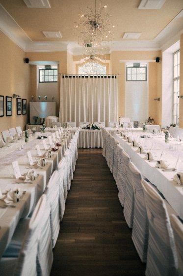 schloss-lamberg_hochzeitslocation_punky_wedding_photography_20190908092004703271