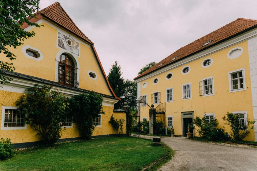schloss-mhldorf_hochzeitslocation_roses_&_lavender_photography_00005