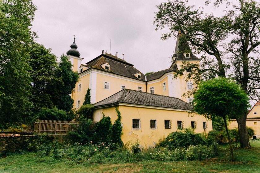 schloss-mhldorf_hochzeitslocation_roses_&_lavender_photography_00011