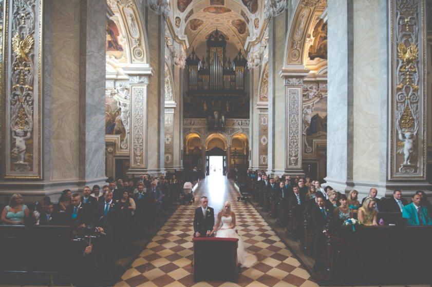 stiftskirche-klosterneuburg_hochzeitslocation_loscupidos_-_wedding_photographers_00019