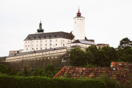 burg-forchtenstein_hochzeitslocation_mit_federn_&_posaunen_20210208105034806973