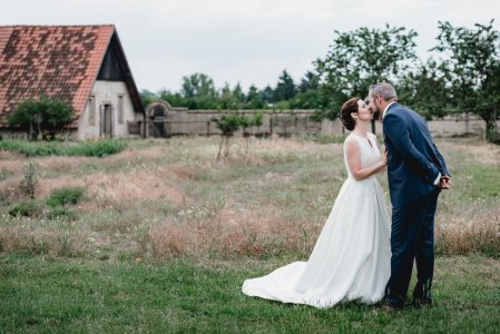 gut-oberstockstall_hochzeitslocation_constantin_wedding_20180914170021648388