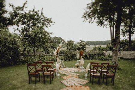 gutshof-szilgyi_hochzeitslocation_ivory_rose_photography_20210218121532345560