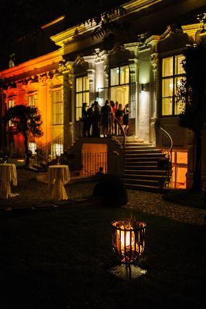 palais-schnburg_hochzeitslocation_he_shao_hui_wedding_photographer_00005