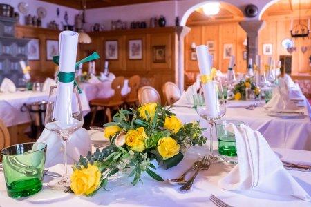 restaurant-zum-schwarzen-bren_hochzeitslocation_multimedia_film_&_photography_20200429071037029655