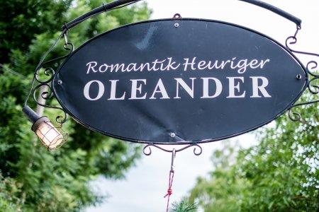 romantik-heuriger-oleander_hochzeitslocation_memories_&_emotions_photography_20181014073029764658