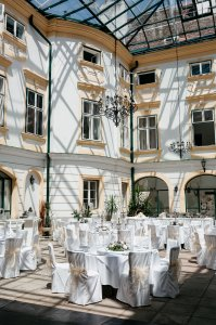 schloss-margarethen-am-moos_hochzeitslocation_a_tale_of_hearts_20190717132656040946