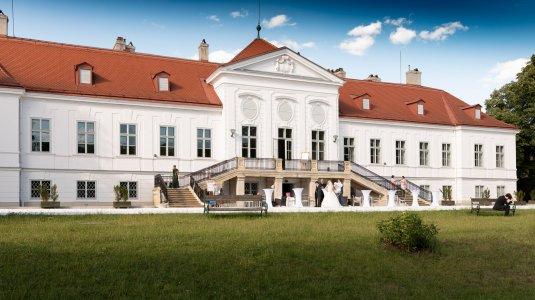 schloss-miller-aichholz-orangerie-europahaus-wien_hochzeitslocation_felix_büchele,_felixfoto_20190118124312543393
