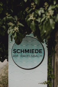 schmiede-am-ravelsbach_hochzeitslocation_ivory_rose_photography_20200320074018728638