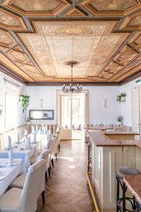 seecafe-restaurant-spitzvilla_hochzeitslocation_blue_elephant_photography_20190828110007841922