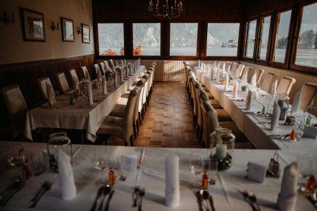 seecafe-restaurant-spitzvilla_hochzeitslocation_thomas_oberascher_photography_00007