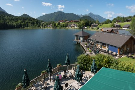seehotel-grundlsee_hochzeitslocation_living_moments_20200530140622078160