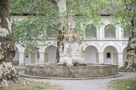 stift-heiligenkreuz_hochzeitslocation_eris-wedding_20190716132538487681