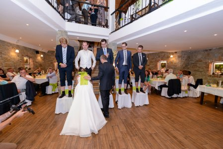 weingut-wolf_hochzeitslocation_loscupidos_-_wedding_photographers_00002